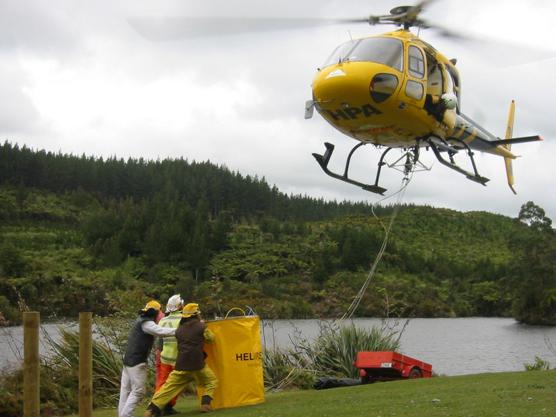 900 Litre HELiFIRE™ Monsoon Bucket – Ground-filling operation ZK-HPA_med