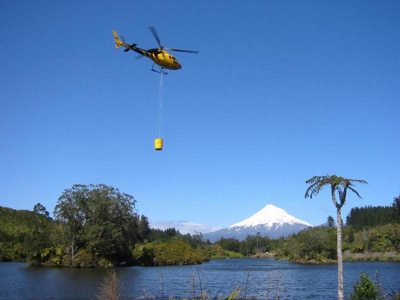 HELiFIRE™ Monsoon Bucket Mt Taranaki (1)_med
