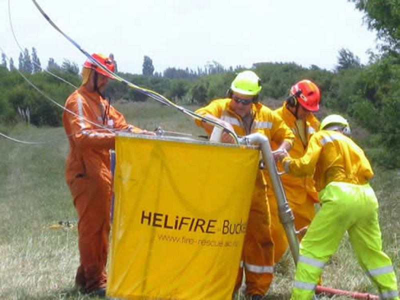 HELiFIRE_Monsoon_Bucket_OHL_4_med